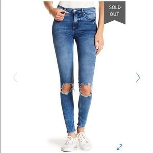 Free People Busted Skinny Jeans Size 28 S